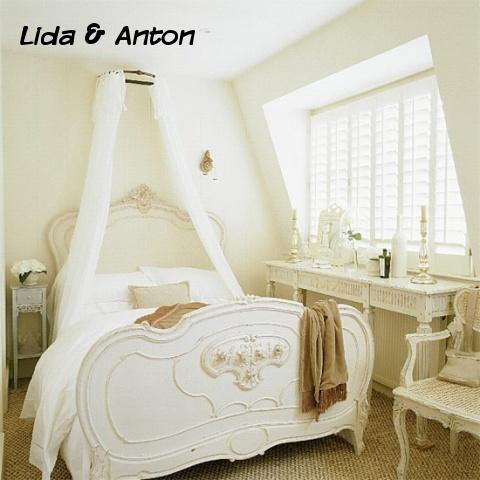 Спокойная французская спальня
